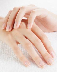 Tratamiento Rejuvenecimiento de manos en Esthetia Clínica de medicina estética en Oliva, Valencia